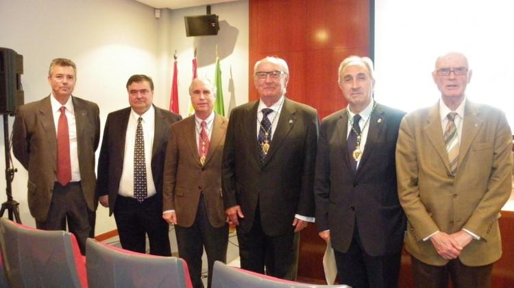 Sesion in memoriam Excmo. Sr. Dr. D. Narciso Murillo Ferrol