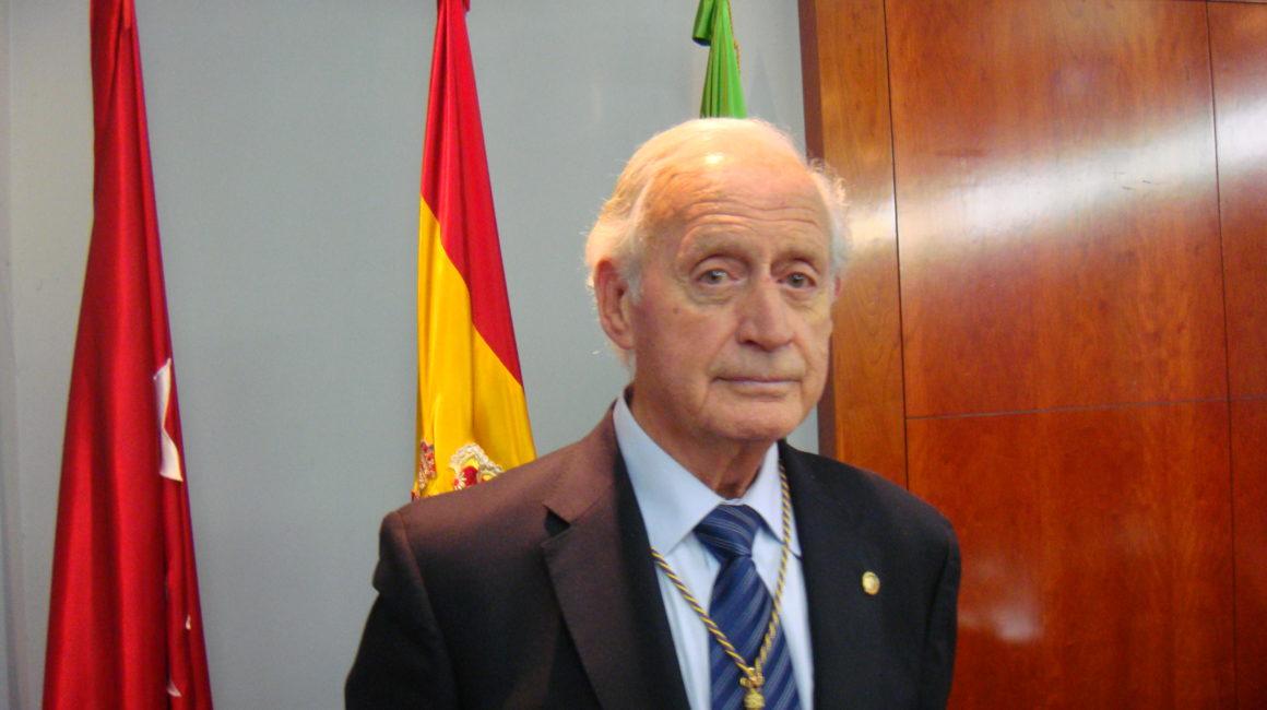El Dr. Anguera Sansó interviene en la RACVE y 2