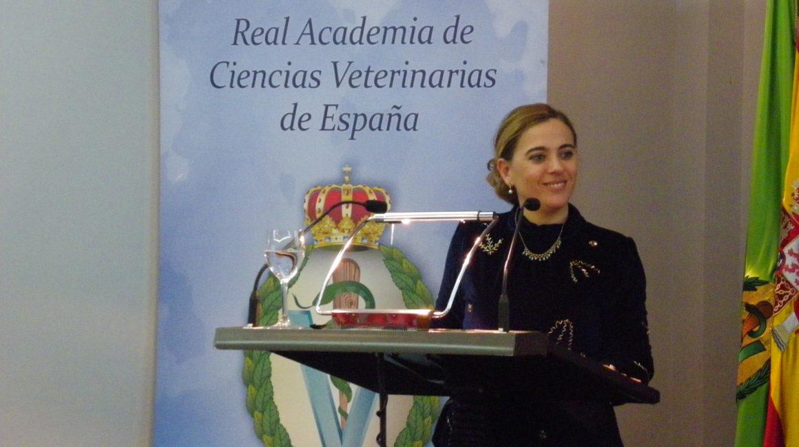 La Dra. Guadalupe Sabio Buzo interviene en la Real Academia de Ciencias Veterinarias de España