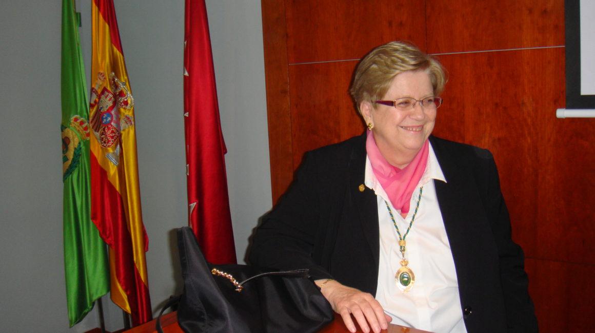 La Dra. Illera del Portal interviene en la sede de la Real Academia de Ciencias Veterinarias de España