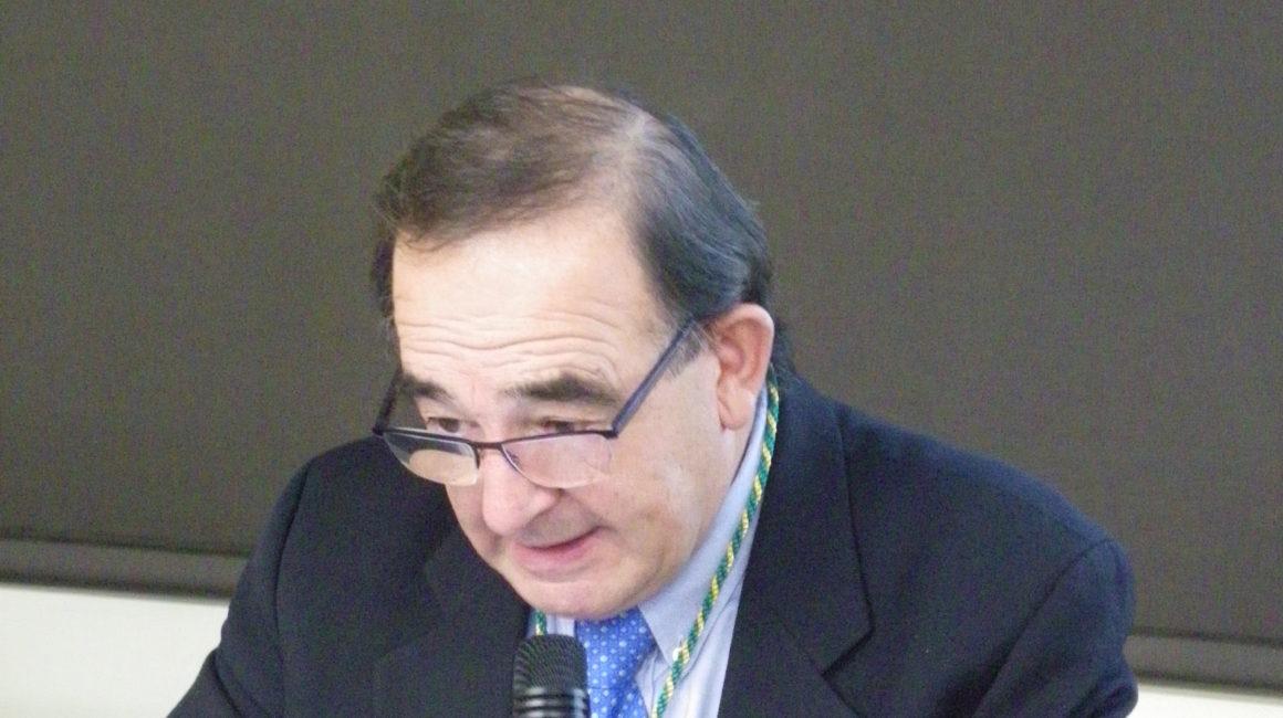 """""""Sobre plásticos y microplásticos en la mar. Algunas consideraciones"""".  El Dr. Etxaniz Makazaga interviene en la Real Academia de Ciencias Veterinarias de España"""